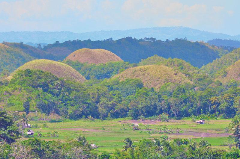 Bohol-Choc-Hills_copyright_JHoppe