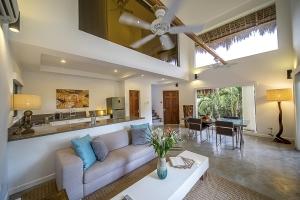 Salaya Beach Houses-Penthouse-Livingroom